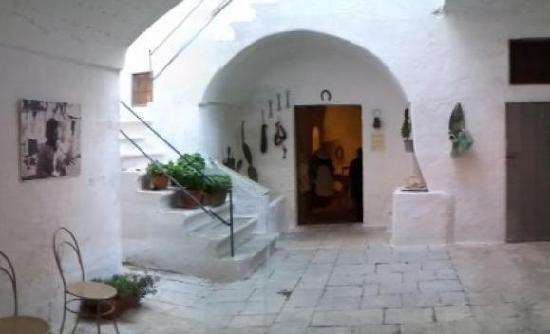 L 39 arco dell 39 alcova la camera da letto dei genitori foto di museo della casa alla fasanese - Fare il cappotto interno alla casa ...