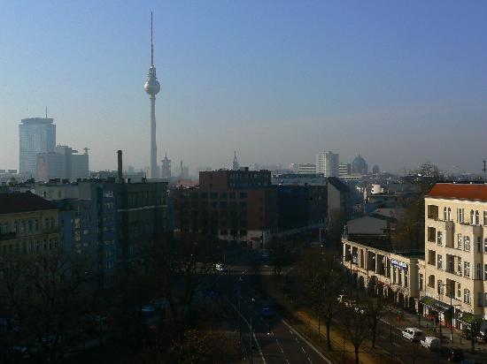MEININGER Hotel Berlin Alexanderplatz: View from the room