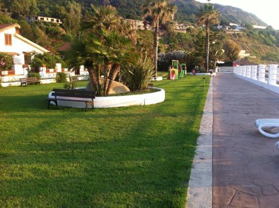 Cala Petrosa Resort: il Prato