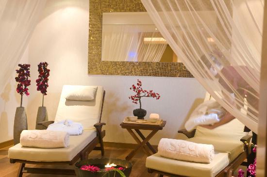 康斯坦丁諾布羅斯阿斯米娜套房酒店照片