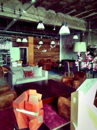 Brondo Architect Hotel : Main lounge