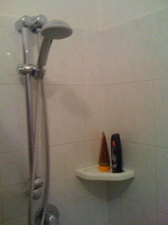Hotel Freccia del Sud: doccia
