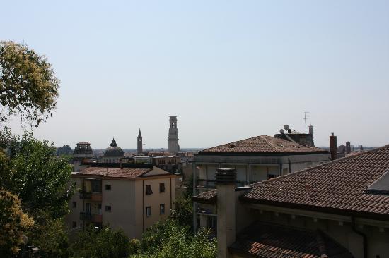 Relais 900: Blick über Verona