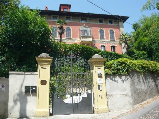 Relais 900: Die Villa