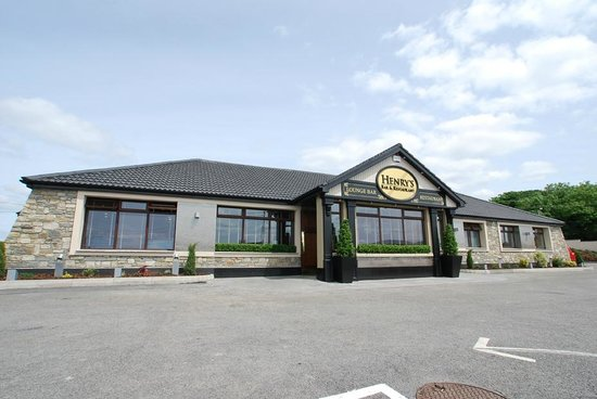 Henrys Bar & Restaurant