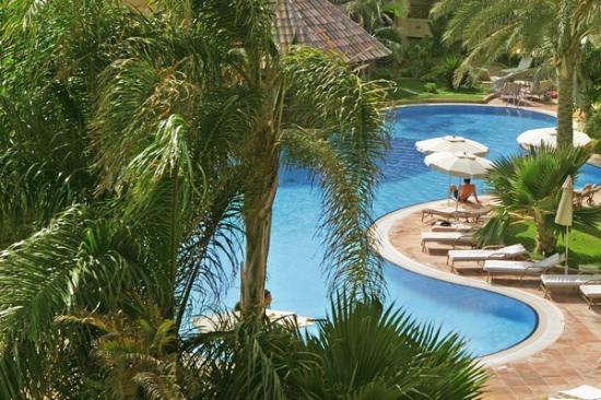 Gran Hotel Atlantis Bahia Real : Piscina