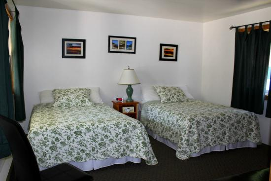 Lakeview Motel & Cottages: Motel unit