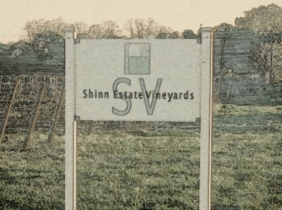 Shinn Estate Farmhouse: Sign