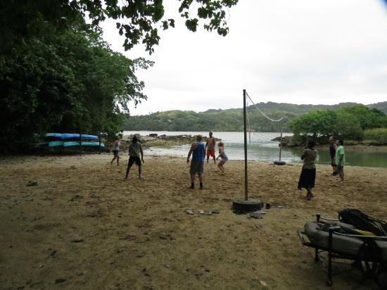 Namale Resort & Spa: Beach volleyball!
