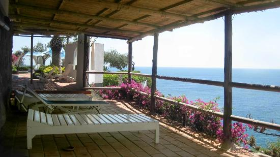 Giardini Termali Tropical: One of many secluded shaded areas with sea views