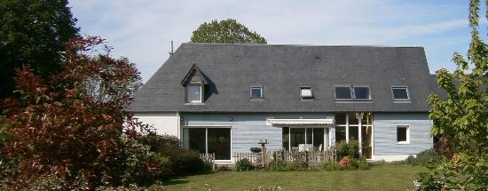 La Maison de Lavande: HOUSE VIEWED FROM THE SOUTH