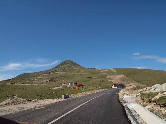 Transalpina Road: nice view