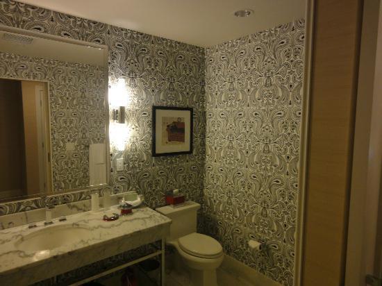 The Blackstone, Autograph Collection: Bathroom at our hotel...so unique!