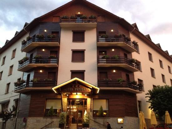Hotel Pessets & Spa: fachada principal