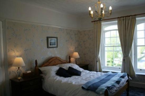 The Old Manse B & B: Double bedroom with ensuite
