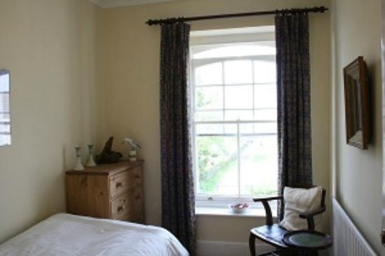 The Old Manse B & B: Single bedroom