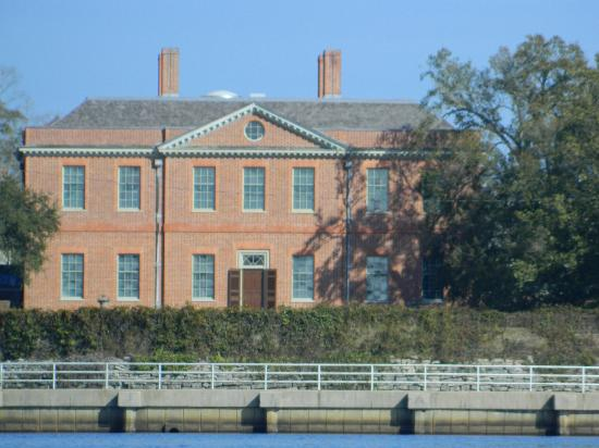 Lookout Lady Scenic River Tours of New Bern-Day Boat Tours: Lookout Lady Scenic River Tours and Cruises -  New Bern, NC