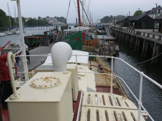 Port-Musée : Museum View from Steam Tug 'St Denys'