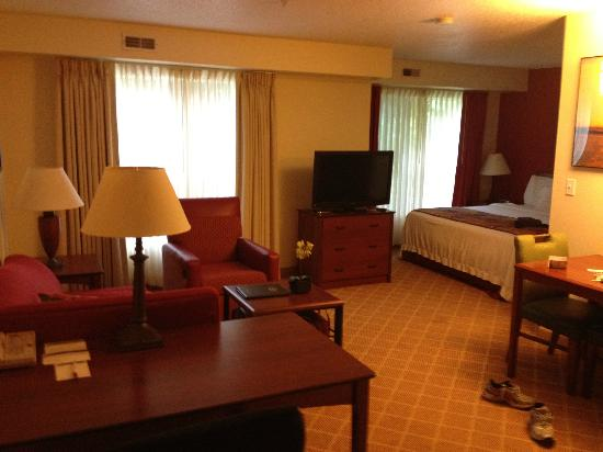 Residence Inn West Springfield: room