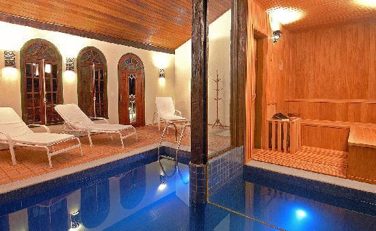 Porto Pacuiba Hotel: Sauna com piscina