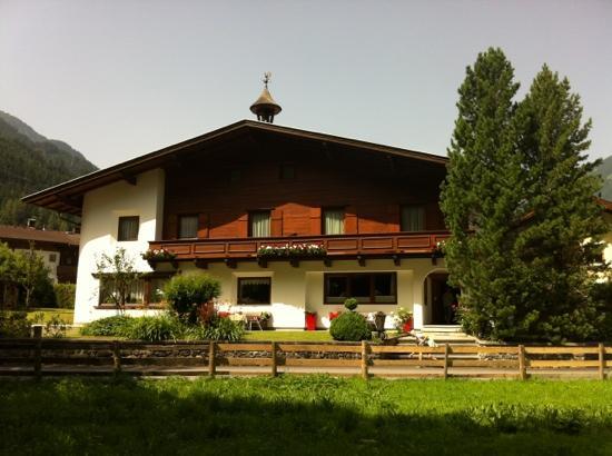 Alpin Hotel Garni Eder (43553786)