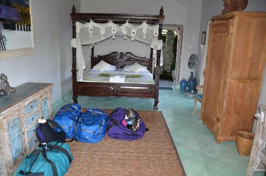 Sawah Indah Villa: Family room