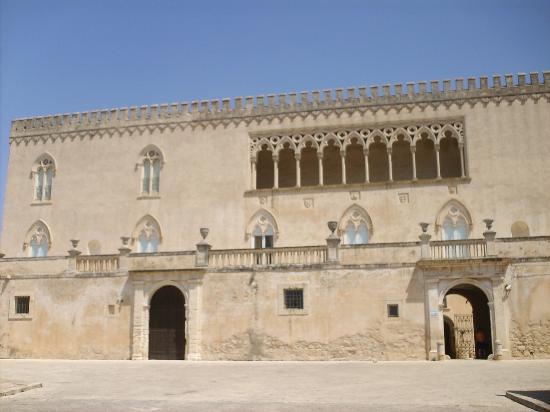 Facciata Picture Of Castello Di Donnafugata Donnafugata