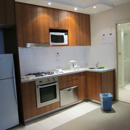 Waitara Waldorf Furnished Apartments: kitchen, Kettle is full of stain