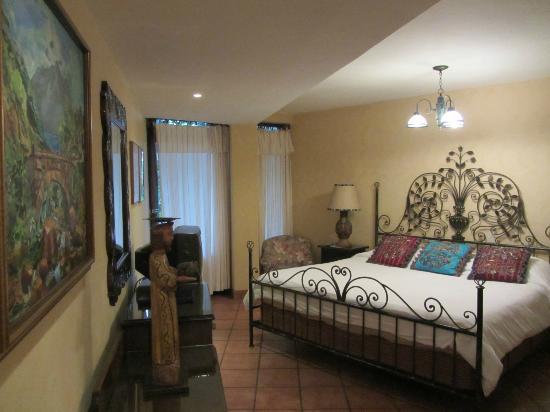 Hotel Atitlan: Quarto