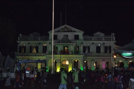 Presidential Palace: Presidential Palance on Independence Day