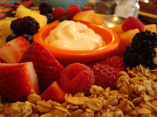 The Stairway Cafe: fruit + yogurt 2