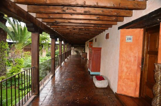 Casa Santo Domingo: Corredor os quartos