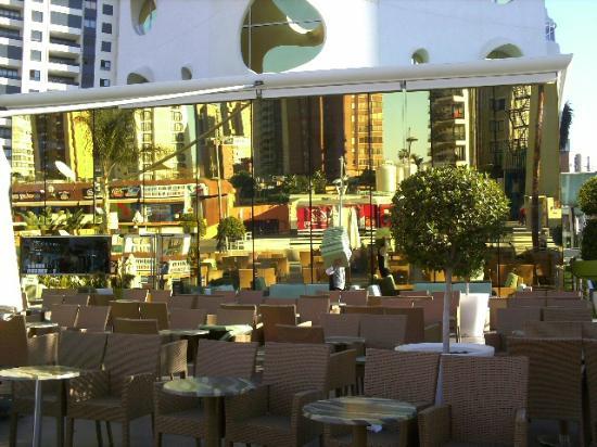 Riviera Beachotel: outside