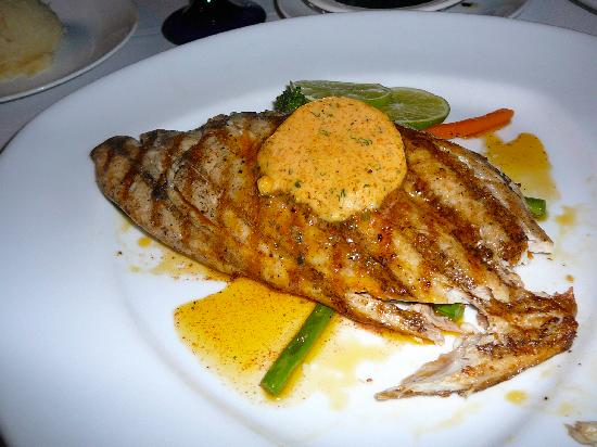 Las Ramblas Tapas and Charcoal Grill: Red Snapper