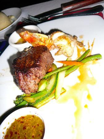 Las Ramblas Tapas and Charcoal Grill: Filet & lobster