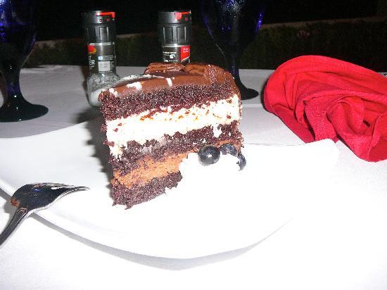 Las Ramblas Tapas and Charcoal Grill: Chocolate cake