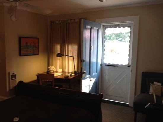 Victoria House: Room #1