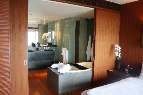 The Lalu Sun Moon Lake: suite bathroom