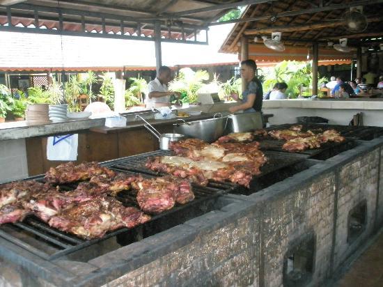 El Palenque : Outdoor grill
