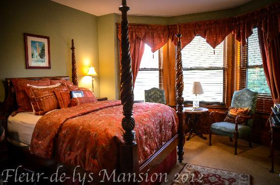 Fleur-de-Lys Mansion: our room