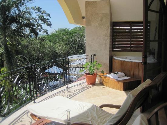 San Ignacio Resort Hotel: Balcony off the Master Suite