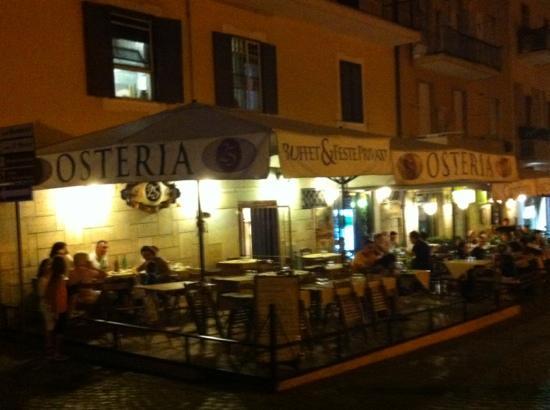 Frascati, Italië: atmosfera familiare con vista sulla capitale
