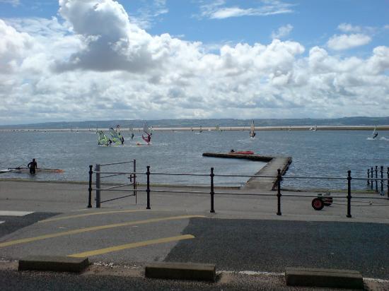 West Kirby Marine Lake: sailing school