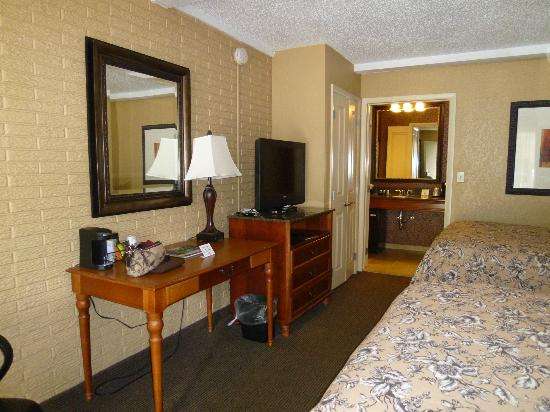 BEST WESTERN PLUS Savannah Historic District: Room