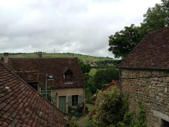 Saint-Maurice-les-Couches, France: Standing on the balcony of the guest property looking at the homestead
