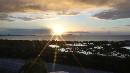 Holiday Inn Ponce & Tropical Casino: Isla Caja de Muerto from room at Hoiliday Inn Ponce