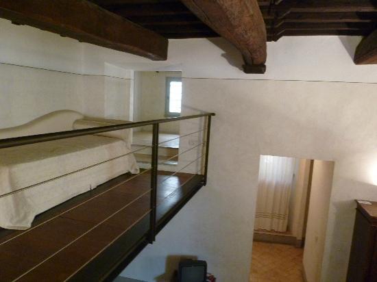 La Bifora dimora medievale: soppalco