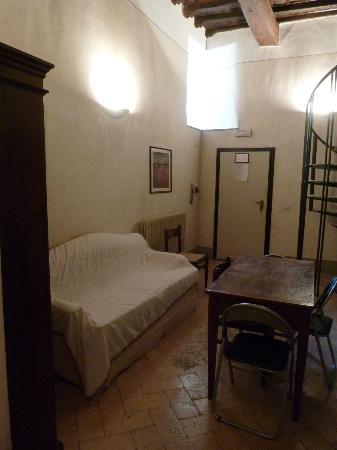 La Bifora dimora medievale: soggiorno
