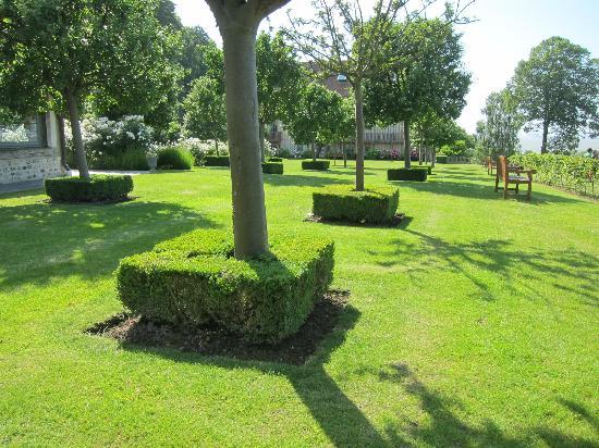 La Ferme Saint Simeon - Relais et Chateaux: Gardens