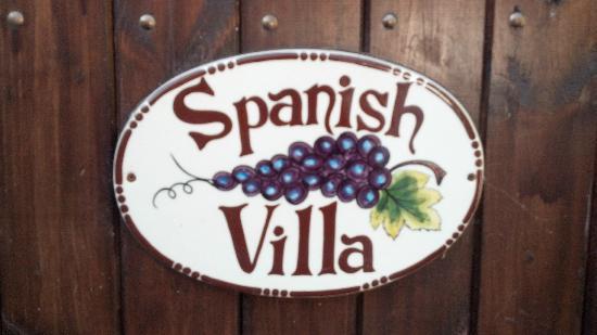 Spanish Villa Inn: Spanish Villa